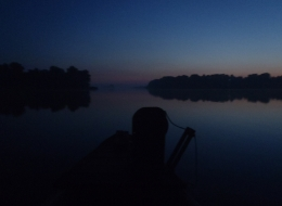 Na ryby - świt na jeziorze Lednickim